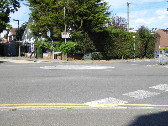 Crossroads with mini-roundabout in Oxted