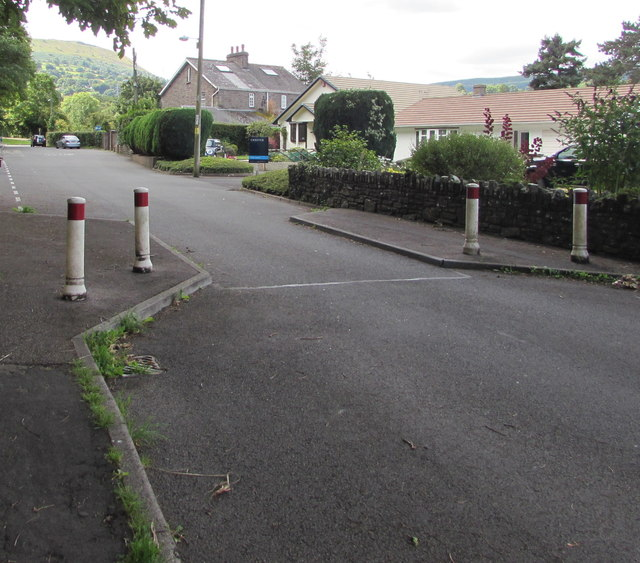 Traffic calming, New School Road, Gilwern