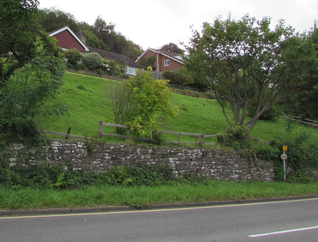 Hillside houses, Tintern
