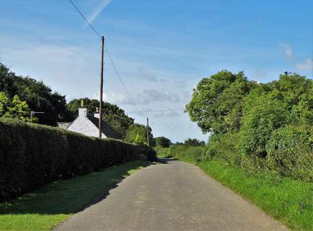 Approaching Margrie Cottage