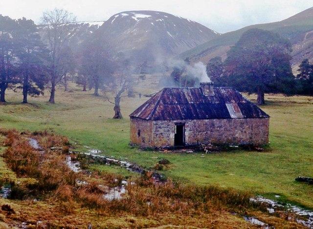 Ruigh-aiteachain bothy, Glen Feshie