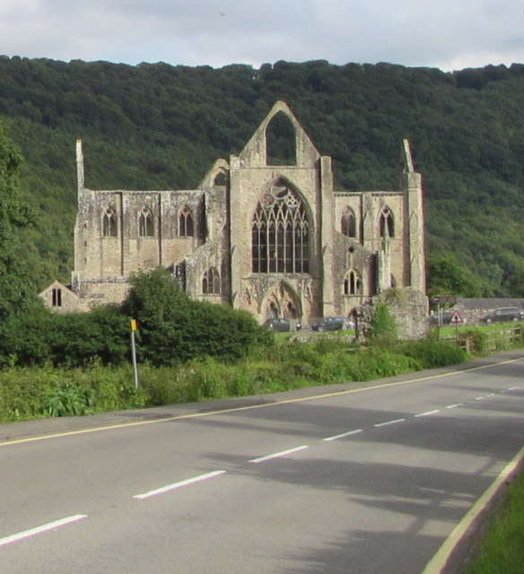 Towards Tintern Abbey