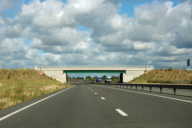 Newish bridge over A1, Gonerby Moor