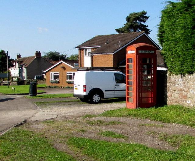 Red phonebox in Alvington