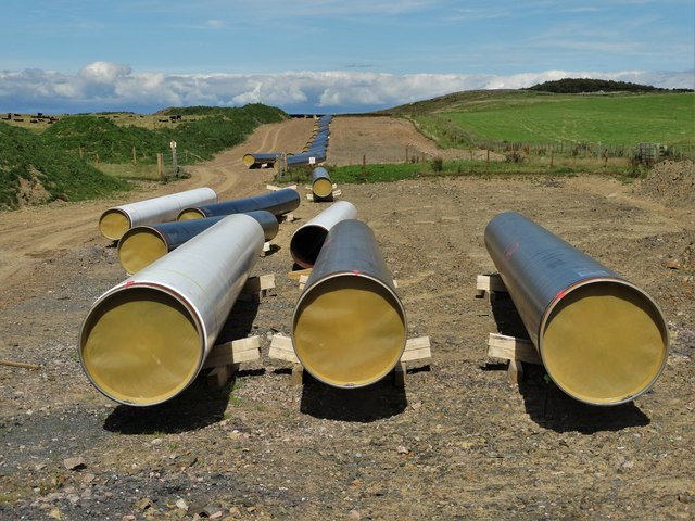 Cluden to Brighouse gas pipeline construction