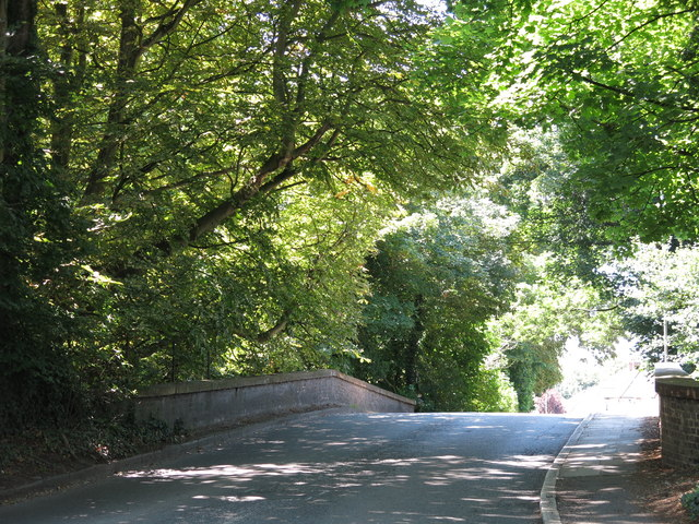 The Iver Lane bridge over the River Colne (2)