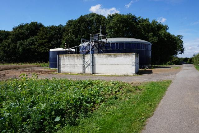 Slurry Tank near Decoy Wood