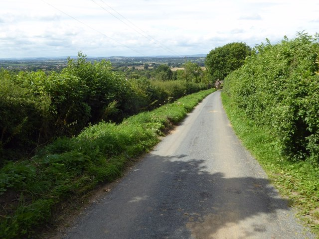 Country road above Westmancote