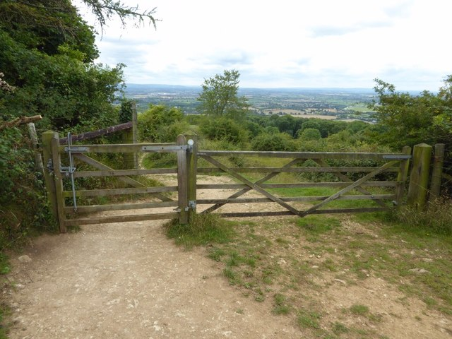Gate on a bridleway on Bredon Hill