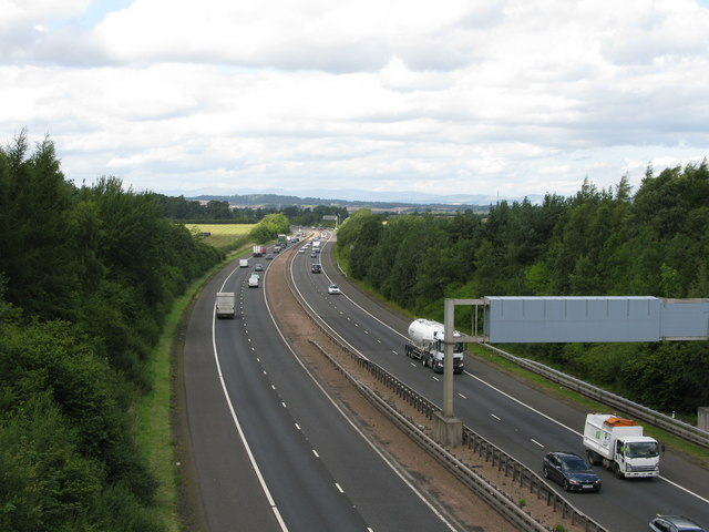 M8, west of Edinburgh