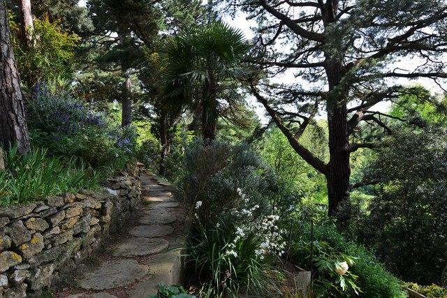 Kiftsgate Court Garden: The pathway to the Lower Garden