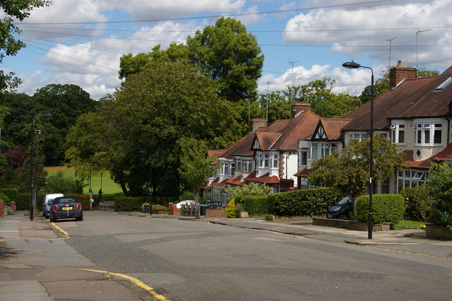 Arnos Road, N11, drops towards Arnos Park