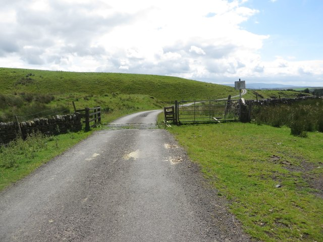 Cattle grid north of Edge Green