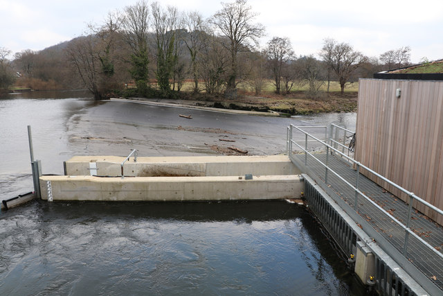 Weir on the River Dart, Totnes