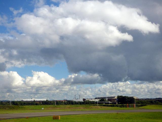 Thunder cloud over Renfrew