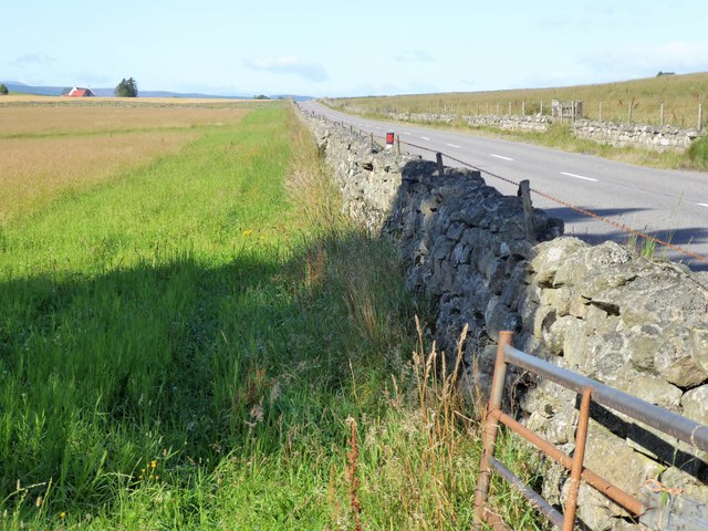 B933 between dry stone walls