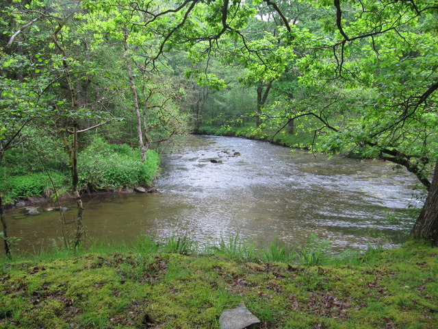 Confluence of the Afon Hepste with the Afon Mellte