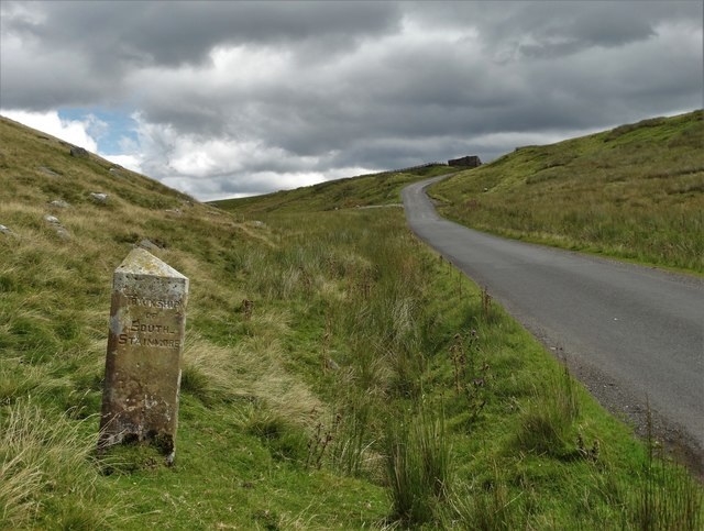 Parish boundary stone below High Greygrits