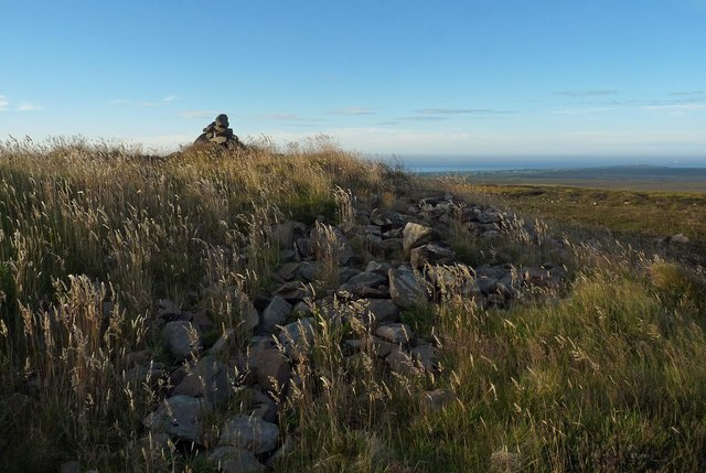 Burial cairn, Warth Hill, Caithness