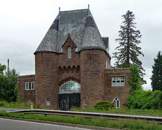Gatehouse near Goodrich