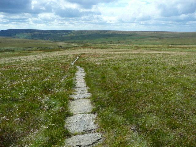 The Pennine Way on Grains Moss
