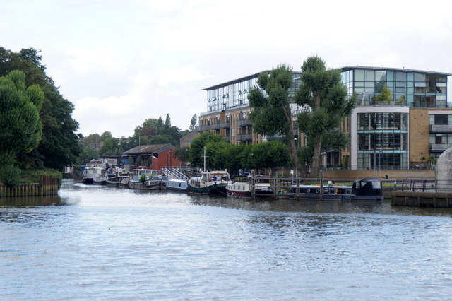 Confluence of the Brent and the Thames at Brentford