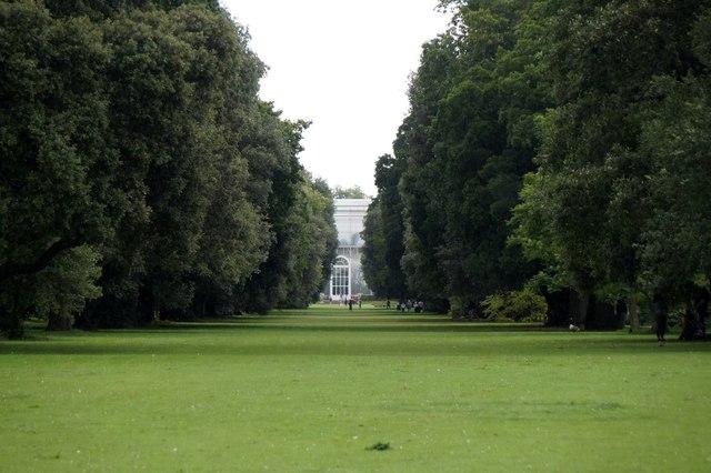 Looking along the Syon Vista towards the palm house, the Royal Botanic Gardens, Kew