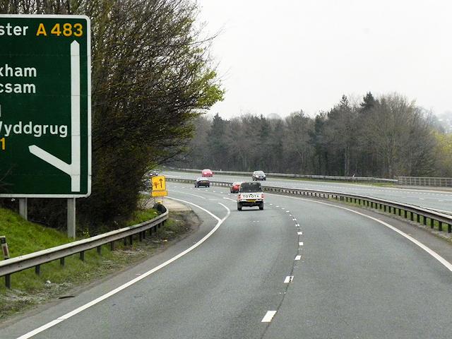 A483, Wrexham