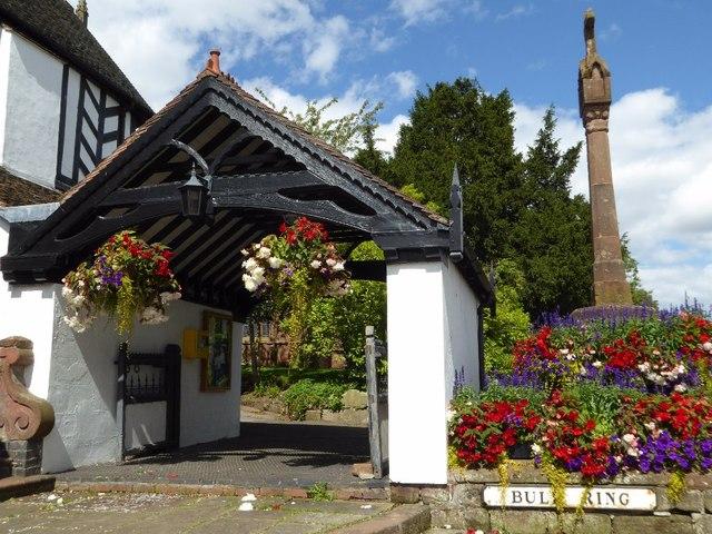 Lychgate and cross, Claverley