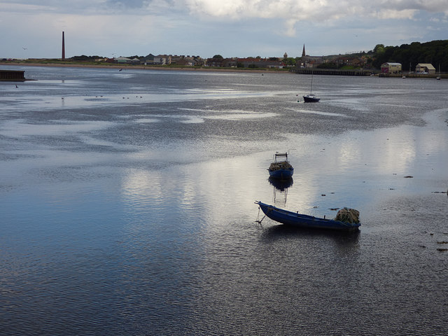 Boats on the edge of the Tweed in Berwick