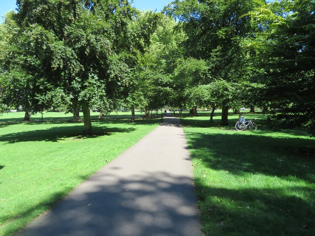 Path across Jesus Green