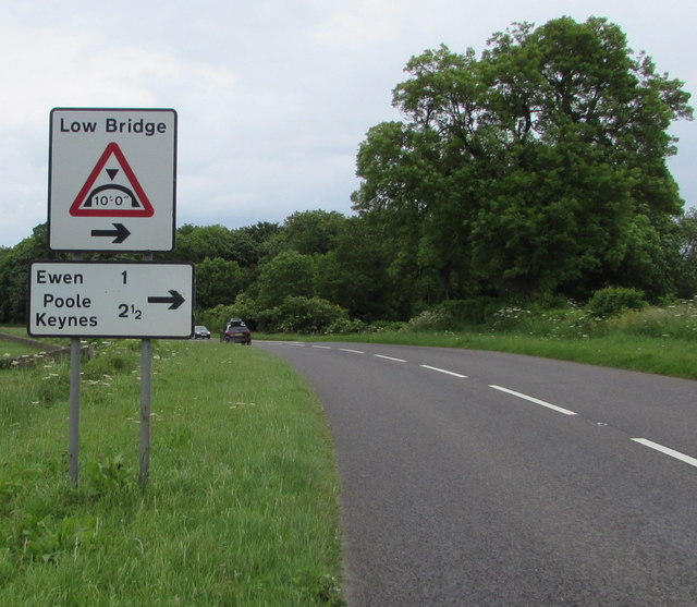 Direction and distances sign facing the A429 near Kemble