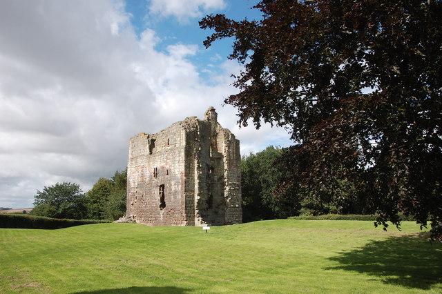 The great tower, Etal Castle