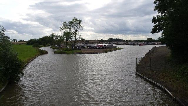 Cathiron canal basin