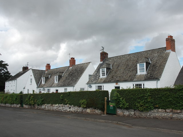 Estate cottages, Etal