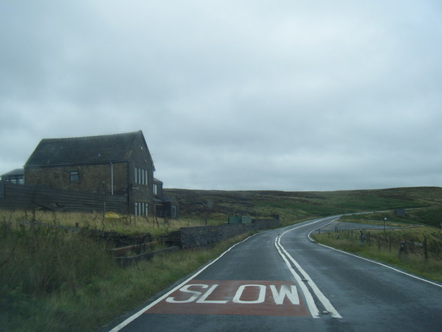 A640 eastbound at Buckstones House