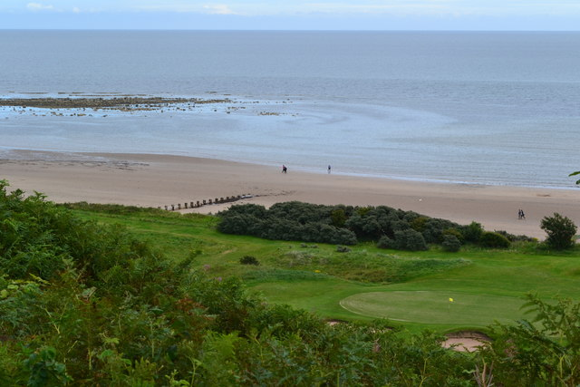 Golf course and beach north of Alnmouth