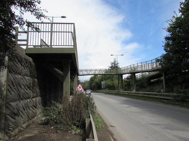 South side of an A467 footbridge, Brynmawr