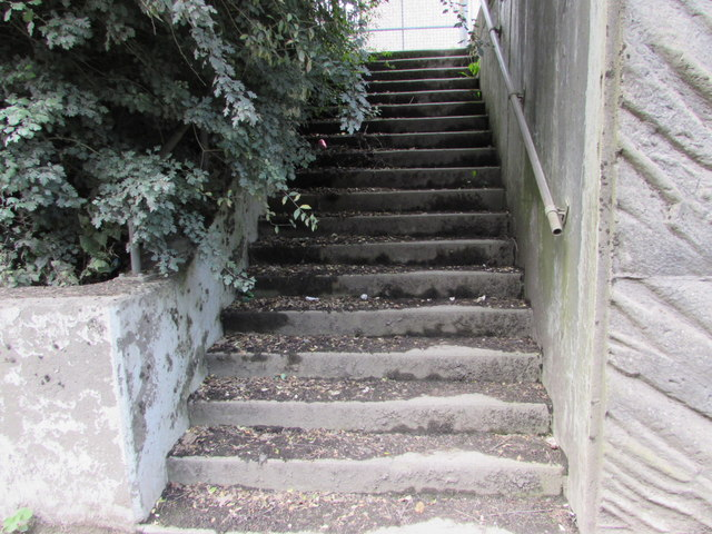Steps up from the A467, Brynmawr