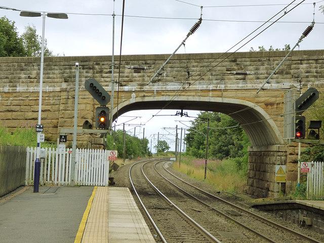 Bridge over the railway at Hipsburn
