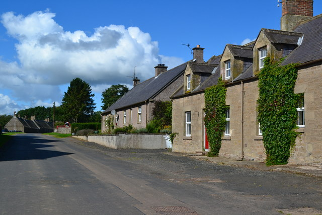 Houses at Lintlaw