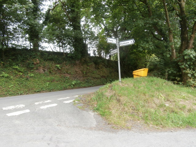 Road junction and signpost at Blaenbedw Fawr
