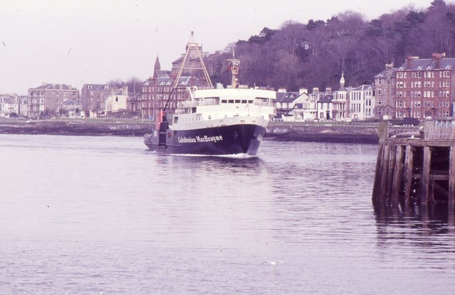 Ferry arriving at Rothesay