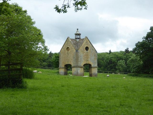 Dovecote - Chastleton House
