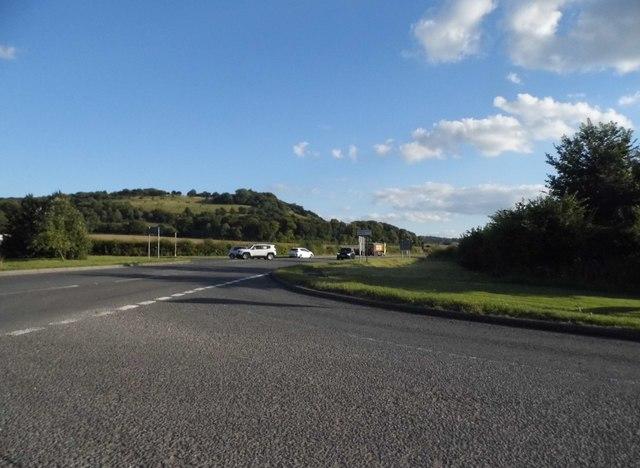 Dogleg junction on the A40, Aston Rowant