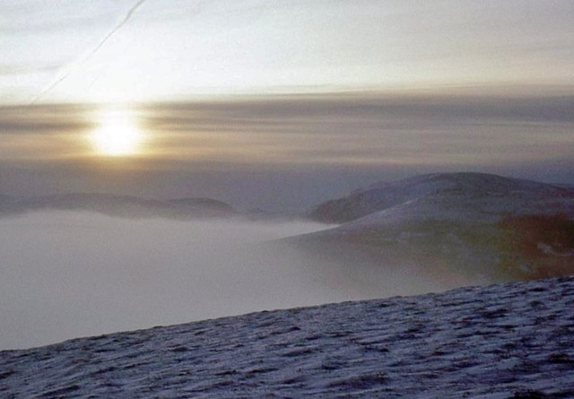 Winter sun rises over the Dee valley