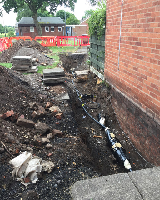 Works to cables near Pickard Street, Warwick