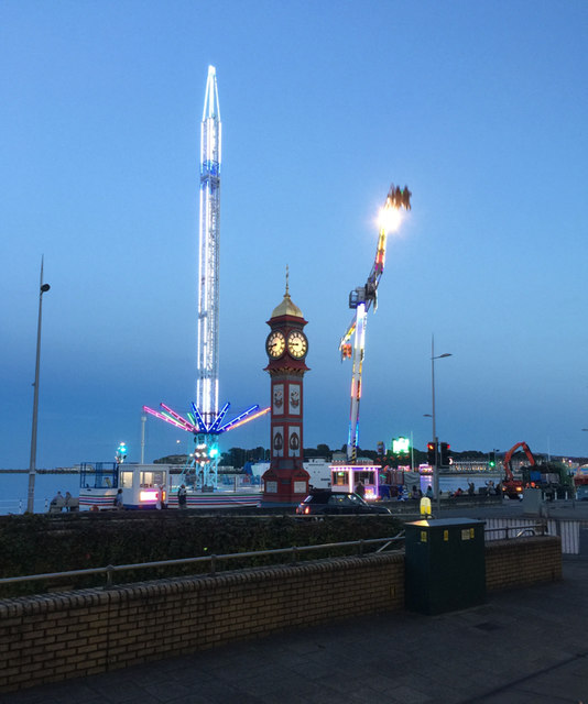 The funfair comes to Weymouth Esplanade