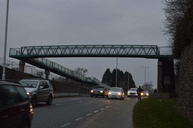 Footbridge over A386