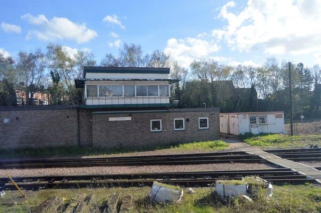 Tonbridge Signalbox (former)